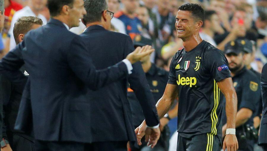 sport  : CRISTIANO RONALDO VICTIME D'UN COMPLOT DU REAL ET DE LA FIFA ?