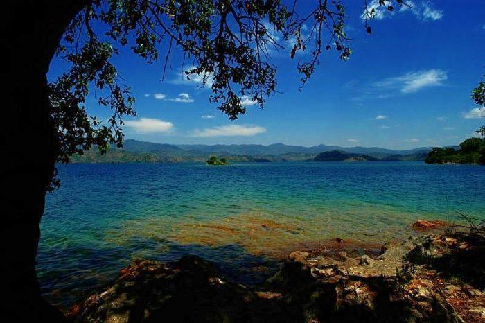 Ce que les gens ignorent sur le merveilleux Lac Kivu !